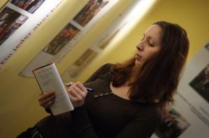 Lokaljournalistin Isabella David bei der Arbeit