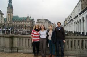 HH-Mittendrin-Redaktionsmitglieder: Anja-Katharina Riesterer, Isabella David, Signe Heins, Dominik Brück