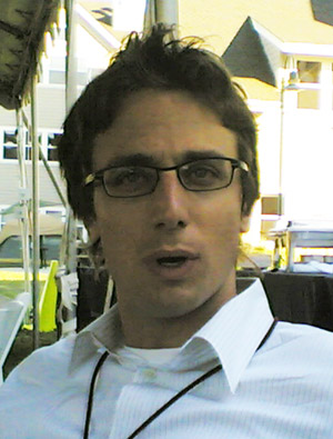 Jonah Peretti, by Joi Ito from Inbamura, Japan. (http://www.flickr.com/photos/joi/35721684/.) [CC-BY-2.0 (http://creativecommons.org/licenses/by/2.0)], via Wikimedia Commons